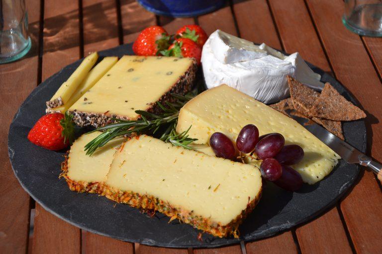 Eine Käseplatte der Jithofer Käserei
