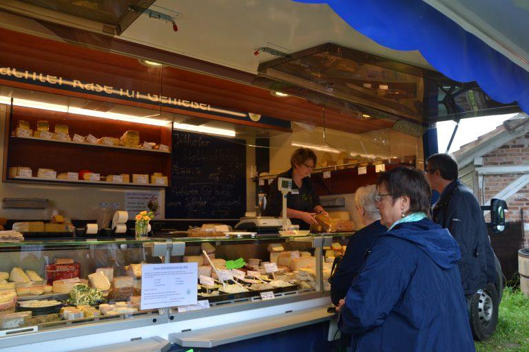Der Marktwagen der Jithofer Käserei